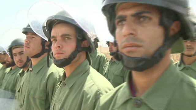 malveaux.afghan.police.train_00010027