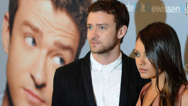 Mila Kunis has reportedly found herself at the center of a cell phone hacking case involving alleged photos of Justin Timberlake.