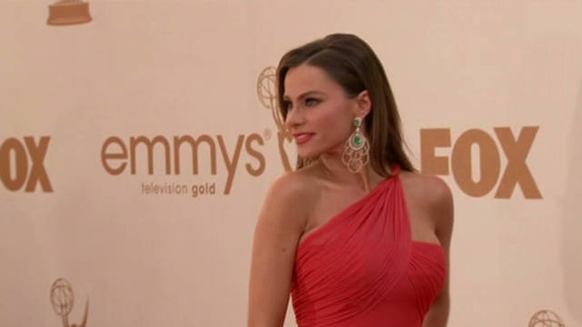 nat.emmy.fashion.red.carpet_00001219