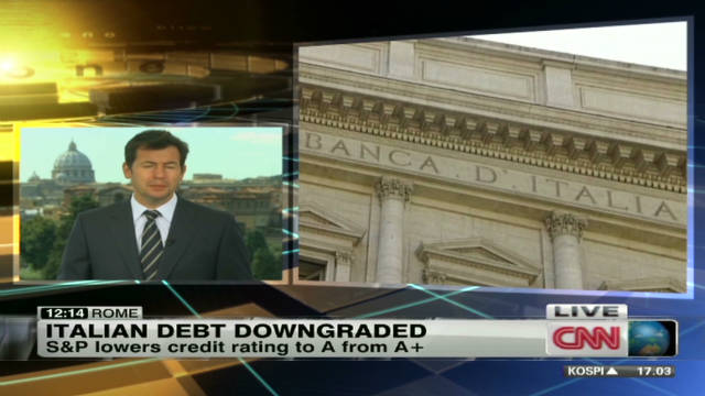chance italy debt downgrade_00002303