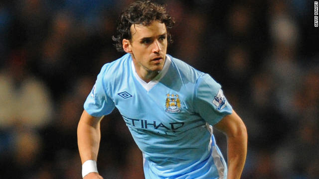 Owen Hargreaves played nearly an hour for Manchester City in his debut on Wednesday.