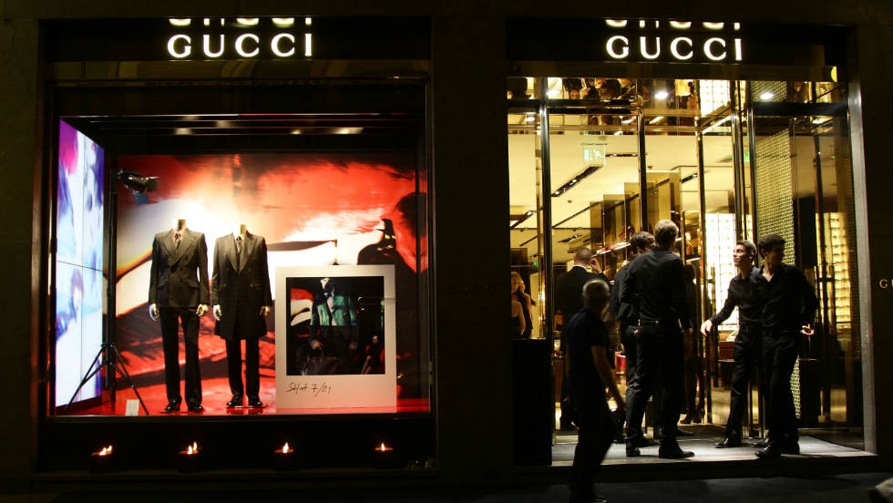 A shot of the atmosphere at the Gucci Flagship store opening during  on September 21, 2011 in Milan.