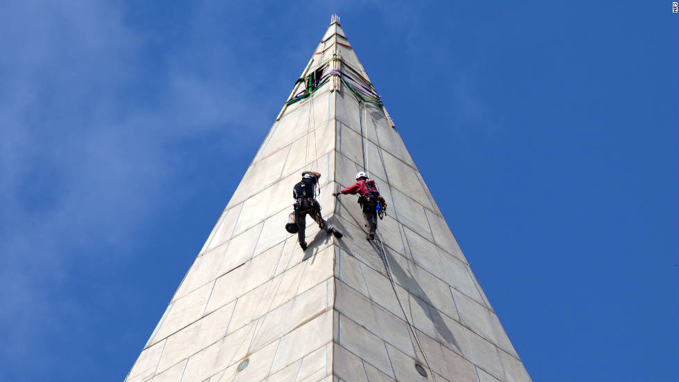 Contractors began conducting a block-by-block inspection of the monument in September 2011.