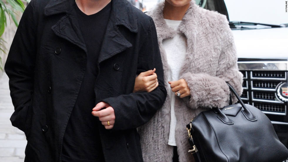 Joel Madden and Nicole Richie go shopping in Paris, France.