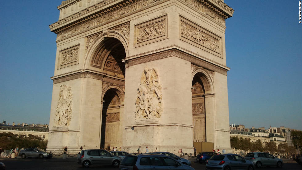 It's fascinating to watch traffic negotiate the circle around the Arc de Triomphe.