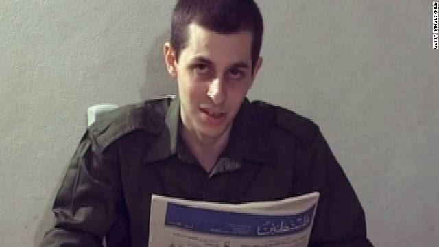 Israel to release prisoners in stages
