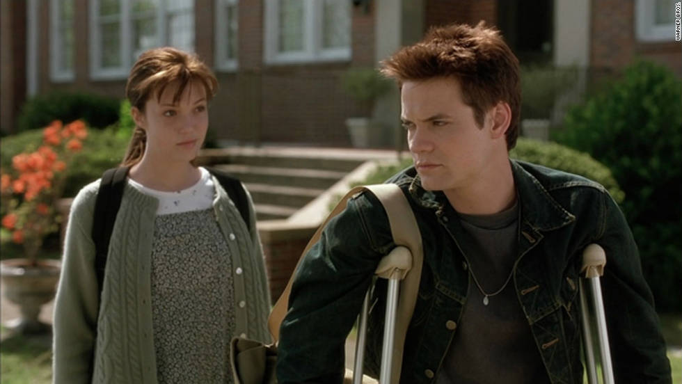 "Troubled high school student Landon Carter (Shane West) is sentenced to community service and active membership in the school's drama club, where he unexpectedly falls in love with good-girl Jamie Sullivan (Mandy Moore). Jamie, the daughter of the town's Baptist minister, lives a more conservative lifestyle while hiding her problems with cancer. The Chicago Tribune gave it a ""D,"" saying that it "".... scrapes the bottom of the melodramatic barrel."""