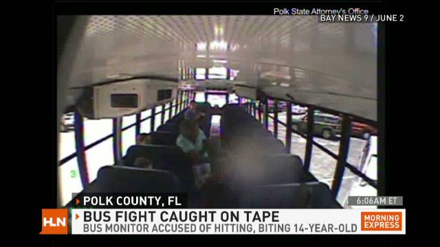 mxp.school.bus.battle_00002001