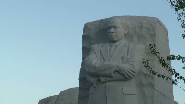 jones.mlk.sculpture.controversy_00000427