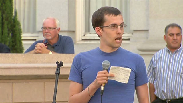 Freed US hikers speak at 'Occupy' rally