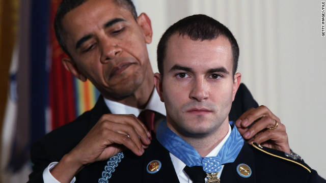 President Barack Obama awards Staff Sgt. Salvatore Giunta the Medal of Honor for conspicuous gallantry in the White House on November 16, 2010.