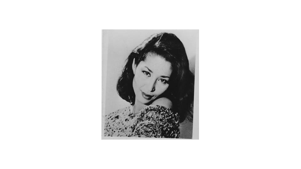 Before long, China Machado was introduced to photographer Richard Avedon and became his muse. She worked exclusively with him for three years.