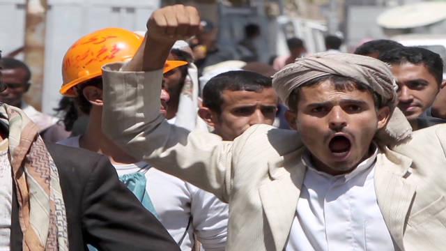 Arab world reacts to Gadhafi's death