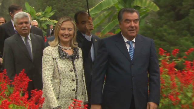 Clinton visits Tajikistan
