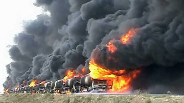sayah pakistani truckers deadly drive_00002124