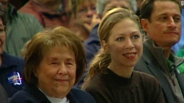 Dorothy Rodham is shown with granddaughter Chelsea Clinton at a campaign event for Hillary Clinton in 2008.