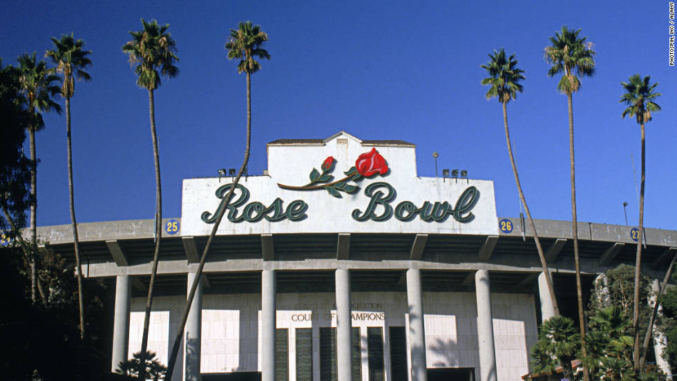 The laid-back southern California ambience makes the Rose Bowl an appealing place for college football, even though the UCLA Bruins haven't been a top team in years.