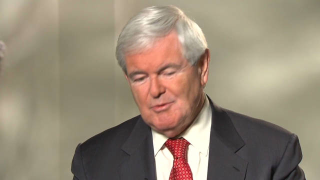 Gingrich appealing to anti-Romney crowd