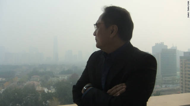 CNN's Beijing Bureau Chief Jaime FlorCruz looks out on Beijing's pollution on November 16.