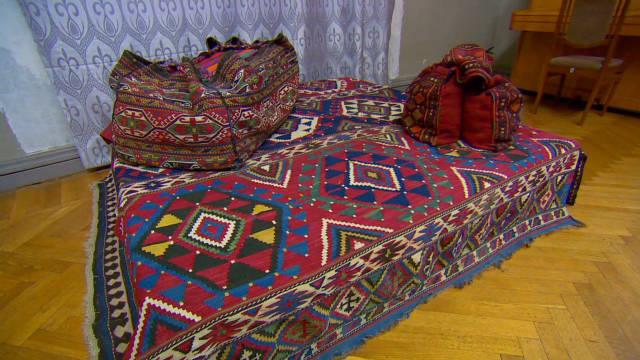 clancy.azerbaijan.carpets_00010501