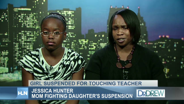 drew girl suspended for touching teacher _00001524