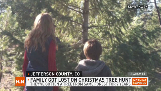 exp mxp.family.lost.christmas.tree.hunting_00002212
