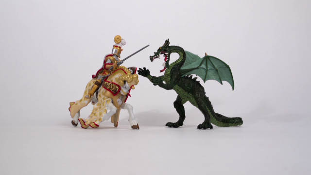 IMF explainer: The Knight and The Dragon_00002114