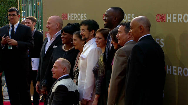 Celebs, 'Heroes' hit red carpet