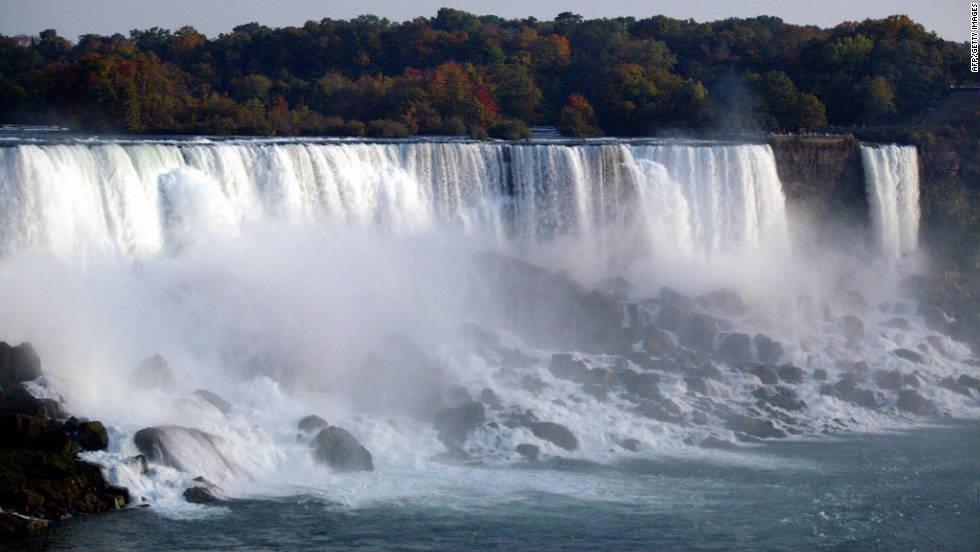 Have the Niagara Falls as your spectacular back drop in Ontario, Canada.