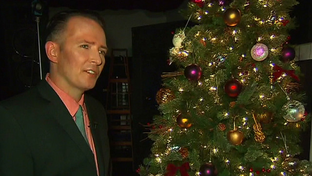 Scott Weiland feeling holiday spirit
