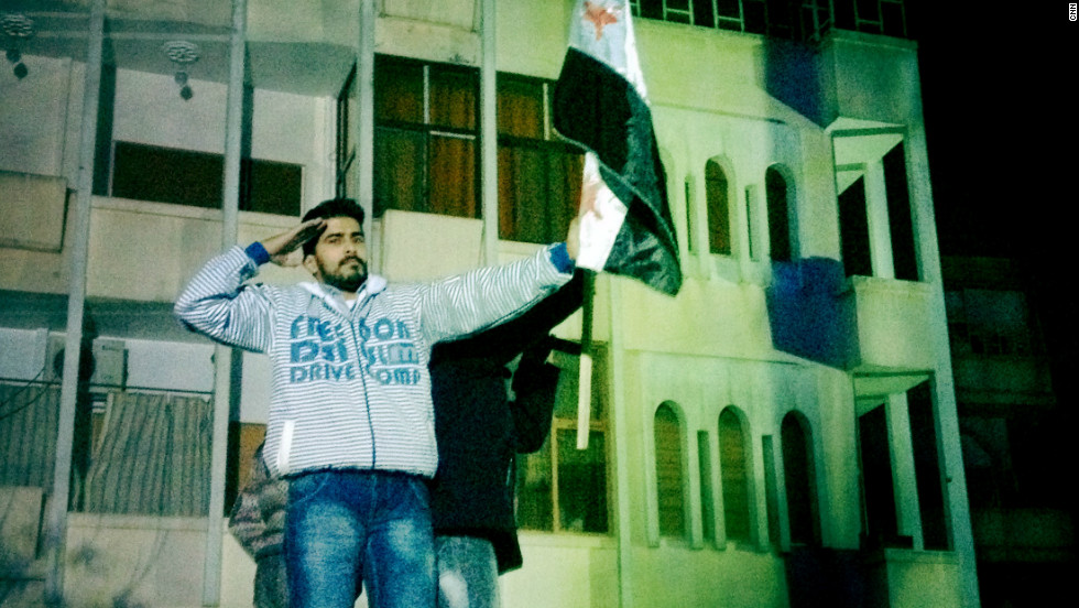 A night demonstration takes place in the Al Khaledia neighborhood in Homs.
