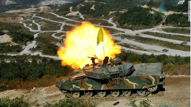 A joint military exercise between South Korean and US, south of the border with North Korea on September 30, 2011.