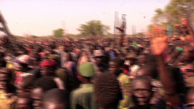 Thousands flee South Sudan fighting