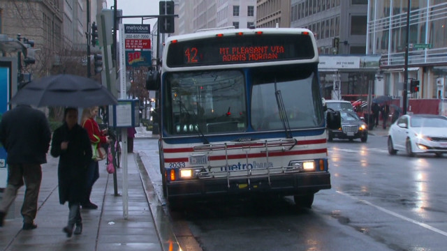 DC Metrobus crashes caught on camera