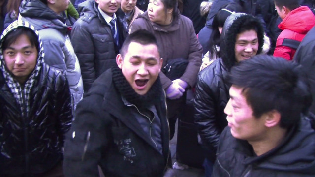 Riots over latest iPhone in China