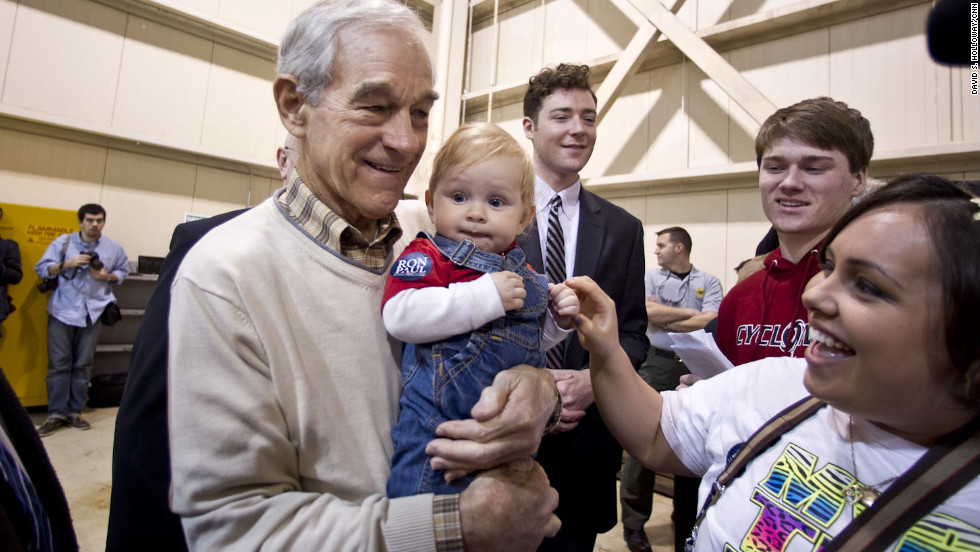 Ron Paul signs autographs during his Whistle Stop near Charleston International Airport.