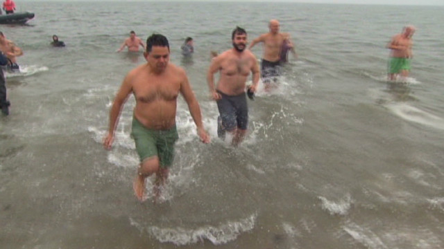 2012: 'Plungers' ran quickly in and out