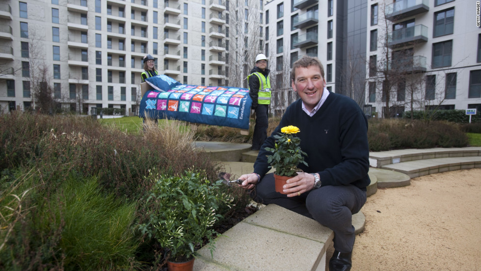 Pinsent, who claimed his medals in the coxless four and coxless pair rowing events, also helped to bed the plants which will decorate the complex's communal areas.