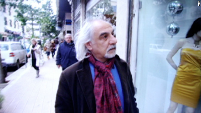 Film director Nigol Bezjian tours Bourj Hammoud district of Beirut