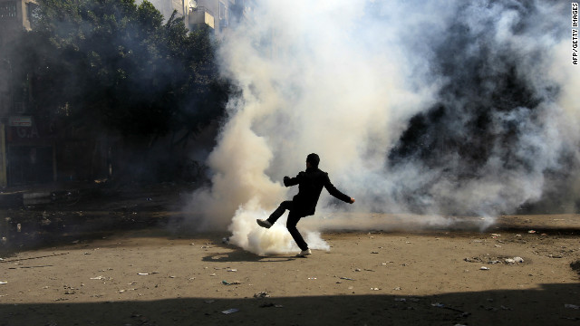 Nine dead as Egypt protests continue