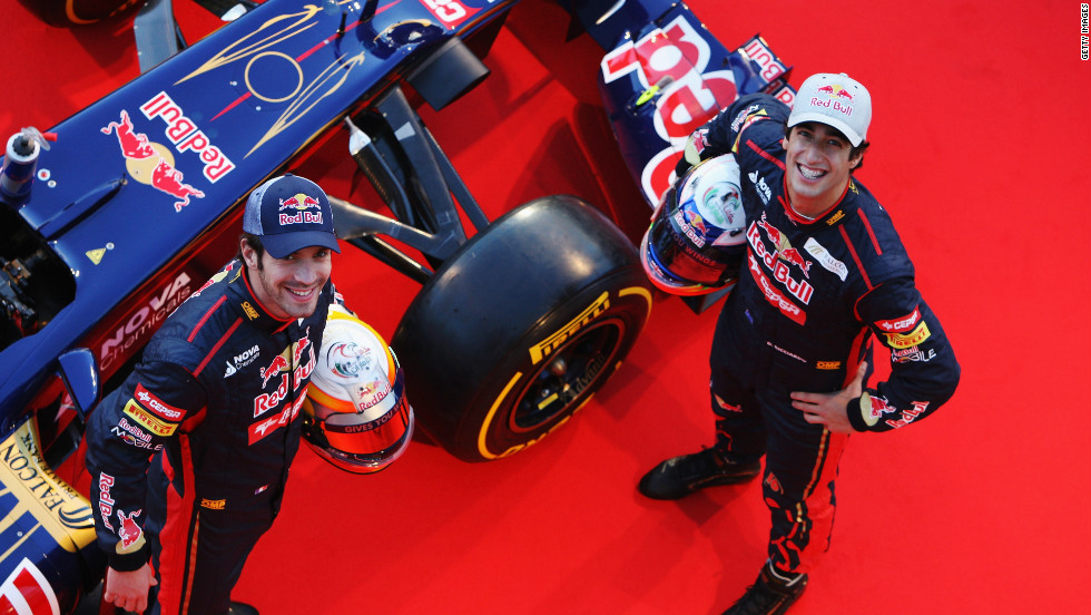 Toro Rosso had their all-new driver pairing on hand to unveil the STR7. Australian Daniel Ricciardo and French rookie Jean-Eric Vergne will race for the Italian team in 2012.