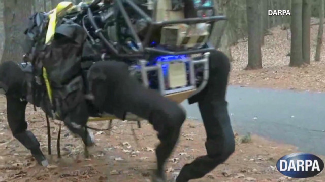 DARPA's new LS3 mule-bot _00003301