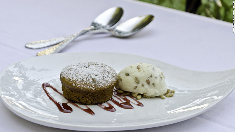 The menu includes desserts such as pumpkin rosemary cake with pine nut ice cream and cranberry caramel.