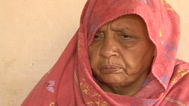 Pakistani mom takes on spy agency