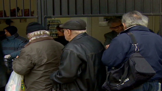 'New poor' wait in soup kitchen lines