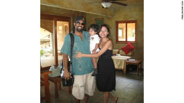 Jason Puracal with his wife Scarlett and their son Jabu.
