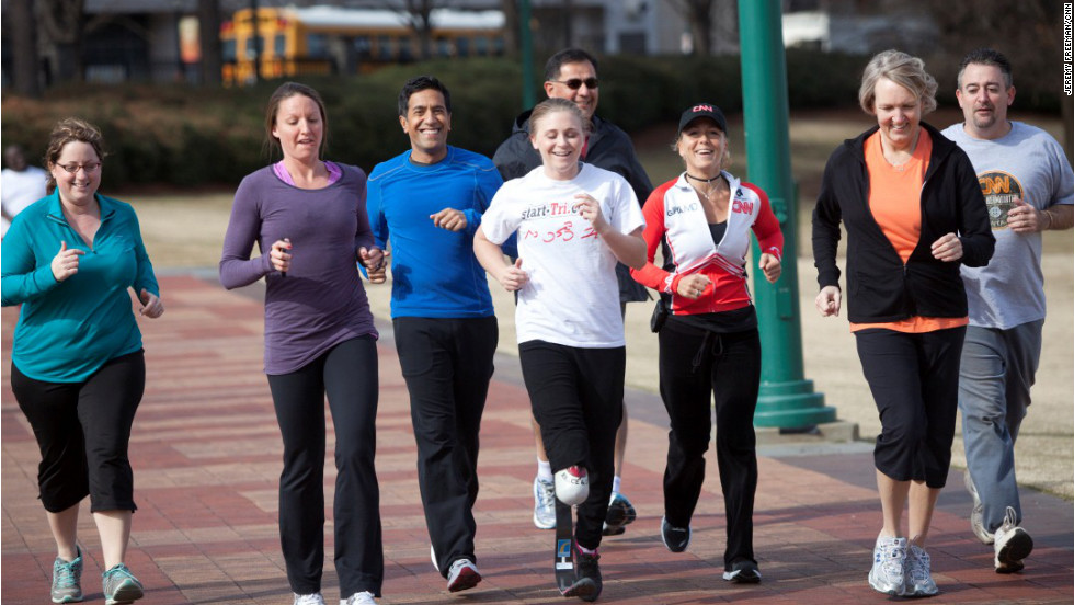 The first run workout of the weekend with coaches April Burkey, Laura Cozik, and Dr. Sanjay Gupta in Atlanta's Centennial Park