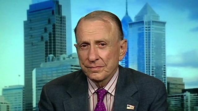 Specter denies making deal with Santorum