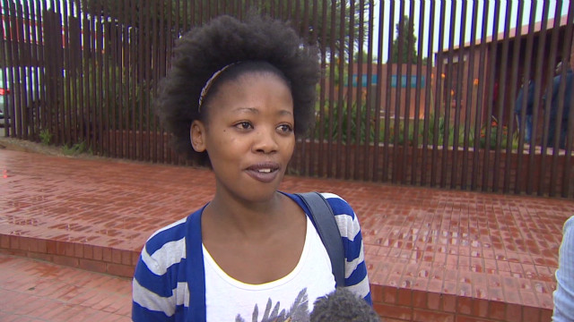 South Africans show support for Mandela