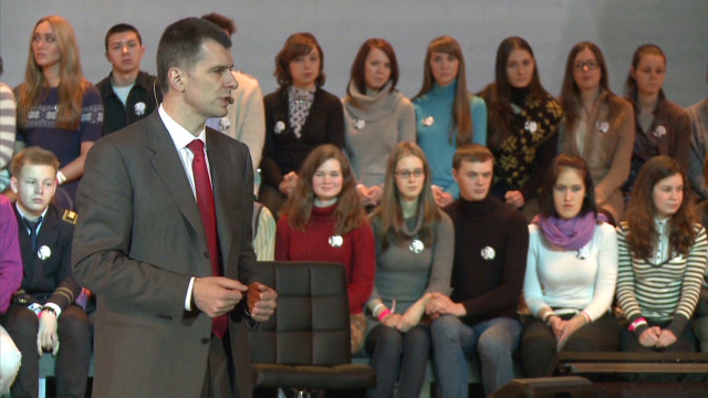 Russia's creative online campaign videos